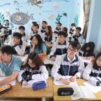 Những dòng cảm xúc của cựu học sinh và phụ huynh gửi đến mái trường Hồng Hà